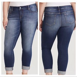Torrid Premium Boyfriend Jeans sz 22R ::O21